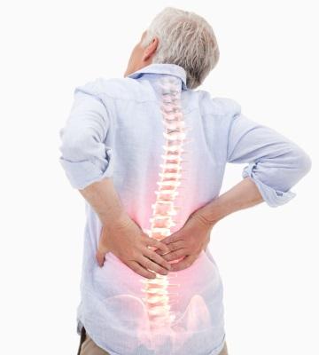 Rückenschmerzen Schmerztherapie Wirbelsäule